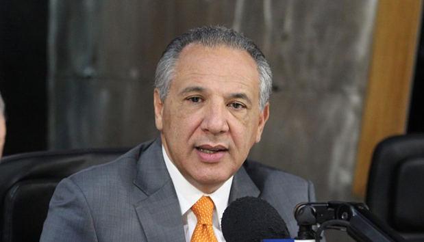 Ministro Administrativo de la Presidencia, José Ramón Peralta.