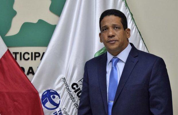 abogado Carlos Pimentel.