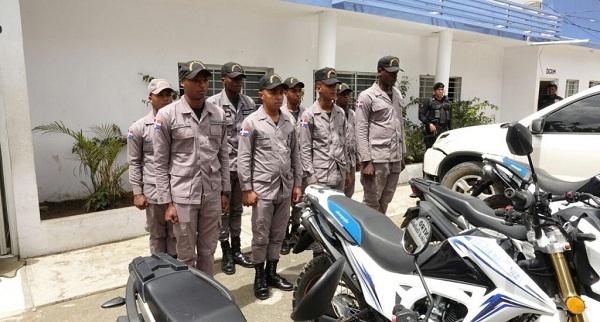 Policía refuerza con motocicletas y agentes seguridad en Las Terrenas