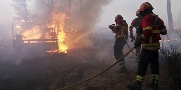 Portugal intenta sofocar un fuego que ha quemado el futuro de muchos pueblos
