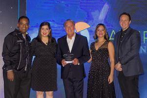 Reconocimiento Internacional - Franklin Guerrero, Raquel Cueto, Frank Moll, laura Rojas y Francisco Nuberg.