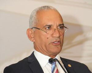 El doctor Pedro Rodríguez, presidente del Colegio Dominicano de Notarios.