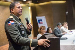 Presidente de la Comisión Nacional de Emergencias General Rafael Antonio Carrasco Paulino.