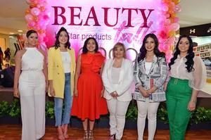 Arlyne Medina, Katherine Collado, Rommy Pichardo, Rommy Grullón, Mabell Damiron y Ana Abreu.