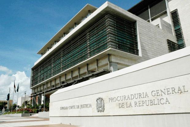 Autoridades analizan plan para combatir crímenes planificados desde cárceles.