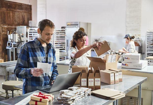 Programa FedEx para Micro y Pequeñas Empresas' en República Dominicana