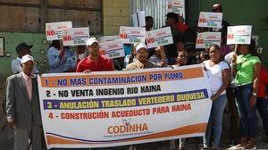 Comunitarios protestan por contaminación con plomo y reclaman traslado de empresa recicladora de baterías