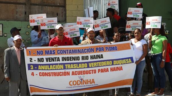 Protestan por contaminación con plomo y reclaman traslado de empresa recicladora de baterías