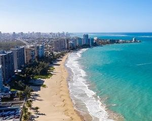 Vista aérea de la ciudad de Puerto Rico.