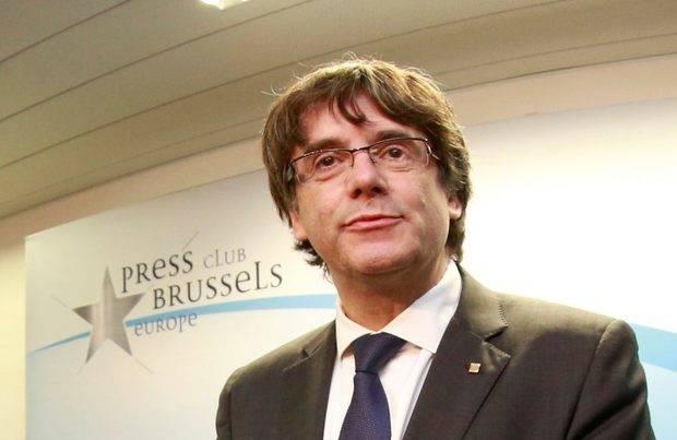 Emiten orden de captura internacional contra Puigdemont