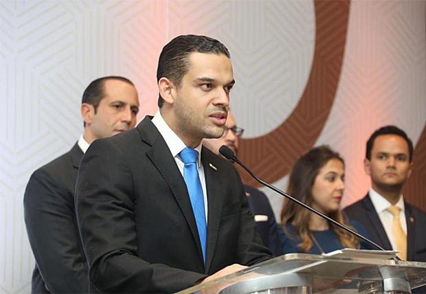 ANJE cancela el debate presidencial porque solo Leonel Fernández confirmó