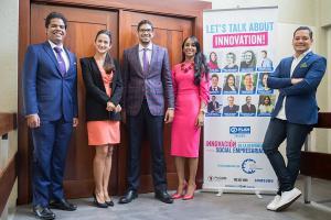 Rainier Mallol, Crystal Fiallo, Gregorio Tapia, Paola Jiménez y Edison Santos.