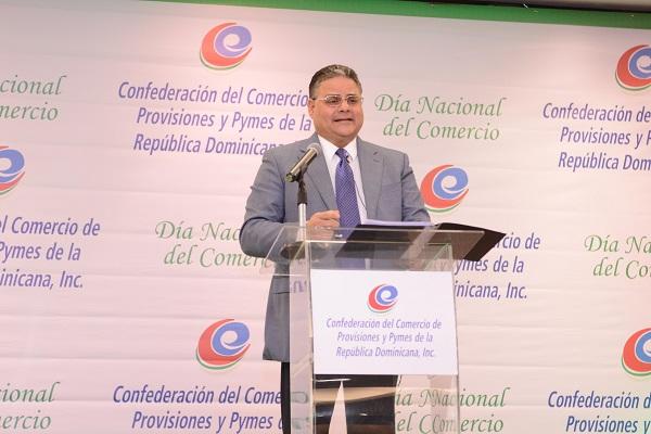 Presidente de Mejía Árcala dictó conferencia sobre Valores Familiares en el Desarrollo del Comercio