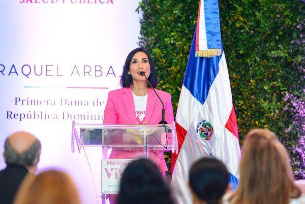 Raquel Arbaje,  inicio este lunes a la campaña de chequeos gratuitos para detectar cáncer de mama que se extenderá hasta el final de año.