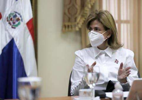 Vicepresidenta Raquel Peña informa que a partir de este miércoles la vacunación será por citas