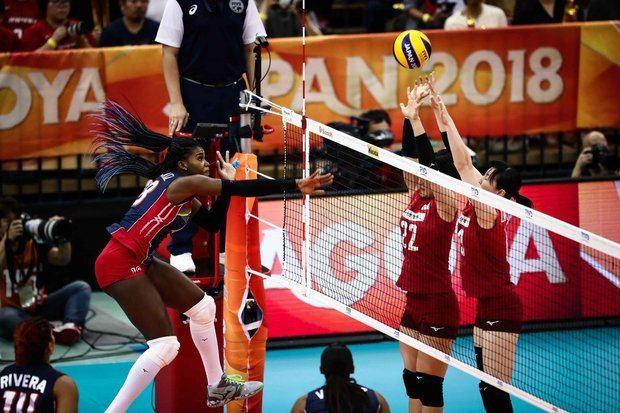 Dominicana derrota a Rusia por primera vez en voleibol femenino