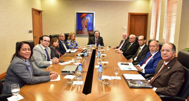 BCRD y Ministerio de Cultura evalúan trabajos sobre sector cultural