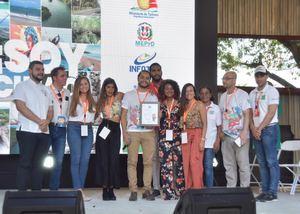"""Lanzamiento de la revista """"Soy Cibao"""", en el marco de la feria multisectorial Expo Cibao 2019."""