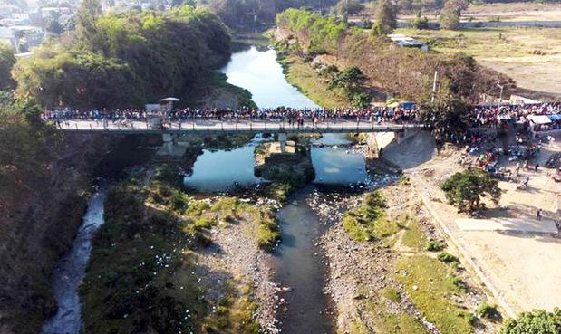 Abinader confía en una solución sobre el canal de riego del río Masacre