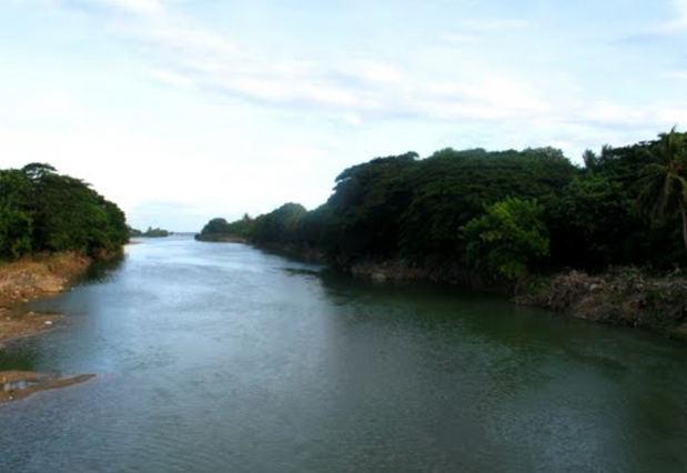Ministerio de Medio Ambiente retiene camiones por extracción de materiales en Río Nigua