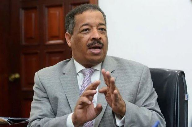 Discurso de Medina desata críticas de la oposición en las redes sociales