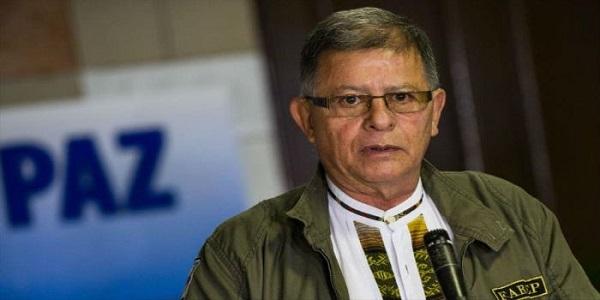 Exlíder FARC viaja con autorización a Venezuela por principal paso fronterizo