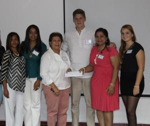 Rosamery Hernández, Ana Deñó, Raysa Gil, Till Pröpsting, Maria Palacios y Franziska Poppick