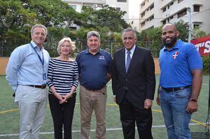 Antón Tejada, Maureen Tejada, Chris Campbell, Luisin Mejía y Víctor Silverio.