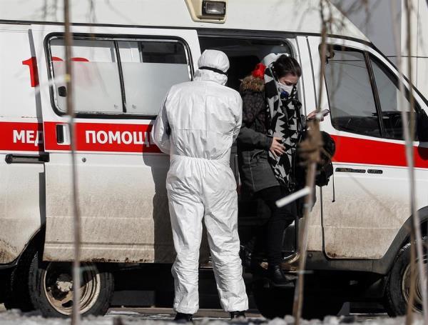 Moscú impone más restricciones para luchar contra la pandemia del coronavirus