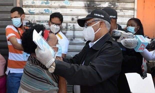 Autoridades entregaron 450,000 mascarillas en operativo en Gran Santo Domingo