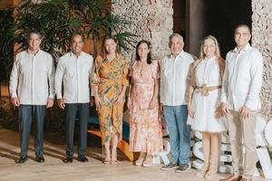 1- Héctor Hernández, Víctor Rojas, Noelia Garcia de Pereyra, Linda Sánchez, Luís Mejía, Yenniffer García y Carlos Alma.