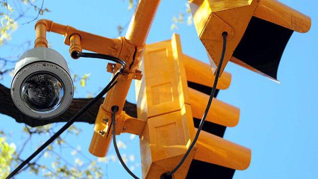 Instalación de semáforos inteligentes en el país, una vía al progreso