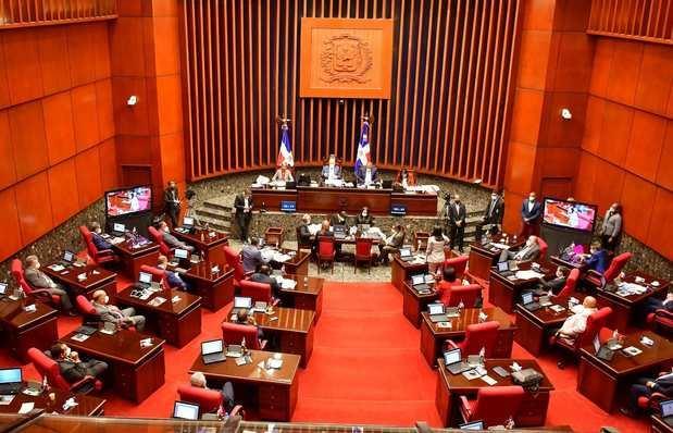 La comisión especial del Senado recomendará al Pleno aprobar el Código Penal