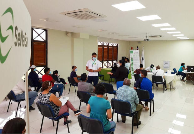 SeNaSa realiza operativo de afiliación a residentes de Ciudad Juan Bosc