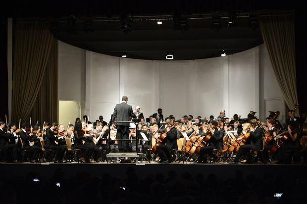 Sinfónica Nacional Juvenil en Hamburgo emociona al público alemán; una historia que comenzó en la Ciudad Colonial de nuestro país.
