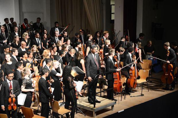 Sinfónica Nacional Juvenil en Hamburgo.