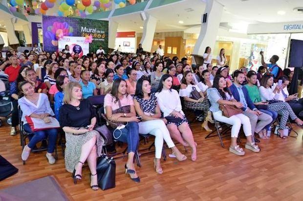 Parte del público que asistió al evento.