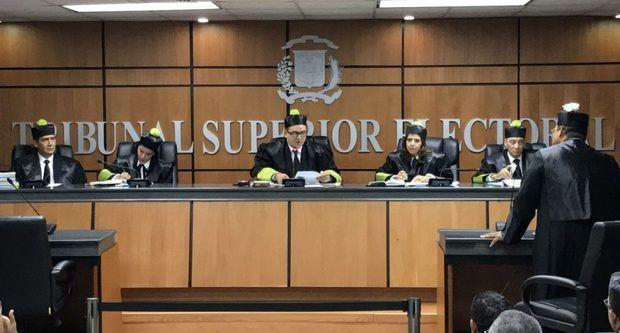 El TSE declara inadmisible recurso contra suspensión de las municipales