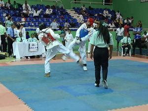 En la competencia participaron atletas de procedentes de diferentes localidades del país.