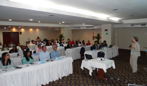 Inauguran seminario sobre impactos del cambio climático en cultivos de café