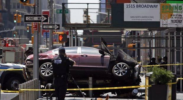 Caos en Times Square por un atropello que causó 1 muerto y 22 heridos