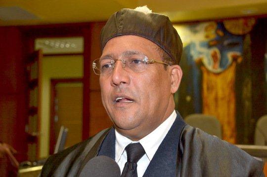 Tomás Castro cree prudente esperar auditorías antes de proceder judicialmente en casos de corrupción