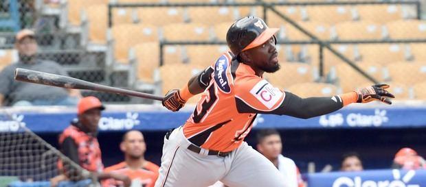 Toros quitan el invicto a los Leones en el béisbol dominicano