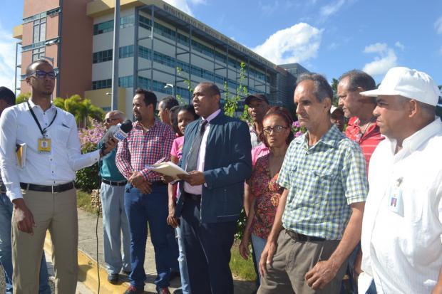 Reclaman a Medio Ambiente entrega de informes de derrame oleoducto de Falcondo
