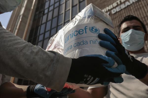 COVID-19: UNICEF aumenta la entrega de suministros de salud en América Latina y el Caribe.