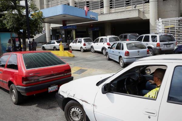 Venezuela vuelve a sufrir por las fallas en el suministro de gasolina