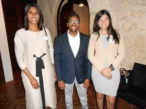 Verónica González, César Benoit y Stephany Hernández.