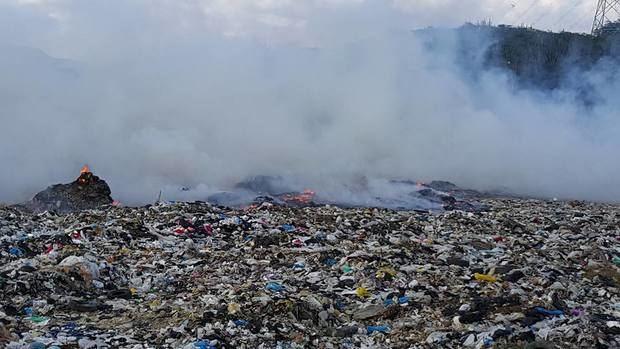 Incendio del vertedero de Rafey, en Santiago.