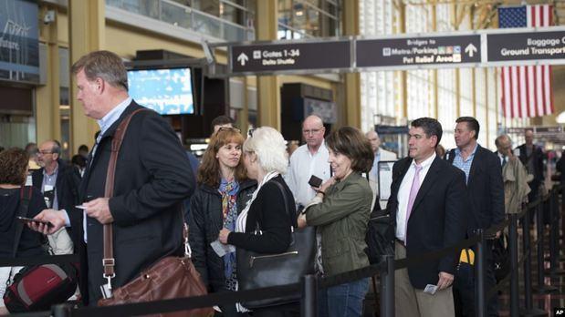 Más de 40 millones de estadounidenses viajan por el feriado del 4 de Julio