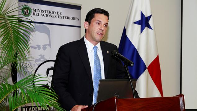 Viceministro de Relaciones Exteriores de Panamá, Luis Miguel Hincapié.